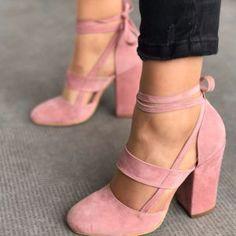 Elvia Pudra Süet Kalın Topuklu Ayakkabı