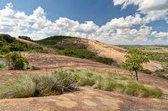 domboshawa zimbabwe | Domboshawa et Epworth, près dHarare (Zimbabwe) Zimbabwe, Africa, Country Roads, Mountains, Gallery, Nature, Travel, Alps, Naturaleza