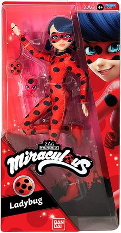 New Miraculous Ladybug dolls from Playmates. Ladybug, Cat Noir, Rena Rouge, Queen Bee and more - YouLoveIt.com Miraculous Ladybug Queen Bee, Miraculous Ladybug Toys, Miraculous Ladybug Wallpaper, Mochila Do Pokemon, Lol Dolls, Barbie Dolls, Muñeca Baby Alive, Candy Theme Birthday Party, Lego Custom Minifigures