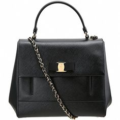 (フェラガモ) FERRAGAMO Carrie Tote Bag キャリー トートバック 21F558(0629... https://www.amazon.co.jp/dp/B01HB48GU8/ref=cm_sw_r_pi_dp_HFlAxbZJ3JN8H