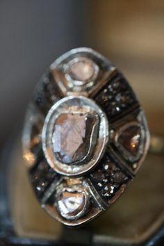 Antique old gold silver diamond ring diamond polki.