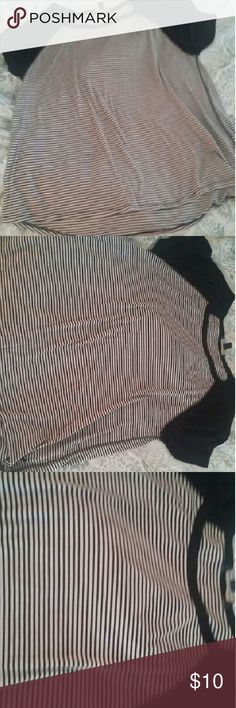 American Eagle Women's Shirt Black & White stripped shirt with black short sleeves (perfect condition) American Eagle Outfitters Tops Tees - Short Sleeve