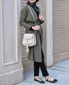 long olive jacket cardigan- Casual chic hijab 2016 http://www.justtrendygirls.com/casual-chic-hijab-2016/
