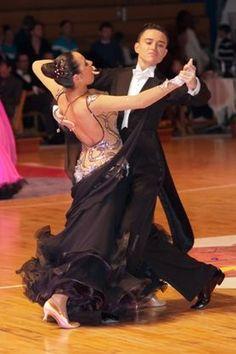 Perfect step #ballroom #dancing http://marshere.com.au/