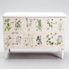 #forsale #florabyrå @bukowskismarket @bukowskisauctions #bukowskis #helsinki #ButterflyVintageDesign #butterflyvintage