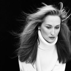 'Brigitte Lacombe: Complicities': 10 Peeks at Exhibition Celebrating 40 Years of Her Celebrity Photos | Meryl Streep in New York, 1988 | EW.com