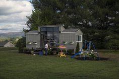 Tiny House Nation (TV show) scene