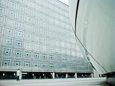 "zaha vs nouvel    chanel pavilion in the ""institut du monde arabe"" courtyard"