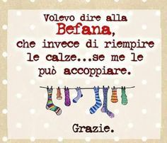 Befana Xmax, Snoopy, Text Quotes, My Spirit, New Years Eve Party, Funny Pins, Epiphany, Holidays And Events, Decir No