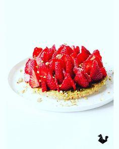 Tarte aux fraises et pistaches sans cuisson
