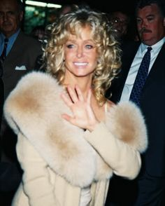 Farrah Fawcett Photo: This Photo was uploaded by ekssanchez. Find other Farrah Fawcett pictures and photos or upload your own with Photobucket free imag. Santa Monica, Farrah Fawcett, Corpus Christi, Rachel Welch, Cool Blonde, Texas, Star Wars, Glamour, Celebs