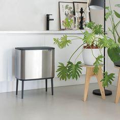 Brabantia Bo Touch 3 x 11 Litre Matt Steel Fingerprint Proof Bin Wall Spaces, Living Spaces, Waste Solutions, Kitchen Trash Cans, Corner Space, Space Saving Storage, Plastic Buckets, Cuisines Design, Cool Lighting