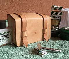 Hey, I found this really awesome Etsy listing at https://www.etsy.com/listing/223727667/leather-handmade-travel-dopp-kit