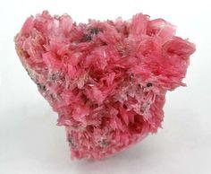Heart-Shaped Rhodonite Miniature, Martin Mine, Chiurucu, Huanzala, Huanuco, Peru. Size: 4.5 x 4.0 x 2.7 cm