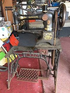 Treadle Sewing Machine for sale Featherweight Sewing Machine, Treadle Sewing Machines, Antique Sewing Machines, Sewing Machine For Sale, Sewing Machine Parts, Sewing Leather, Sewing Tools, Sewing Accessories, Singer