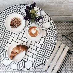 Gorgeous, unique tiles used in this patio table and penny tile floors | Via Peone on Tumblr