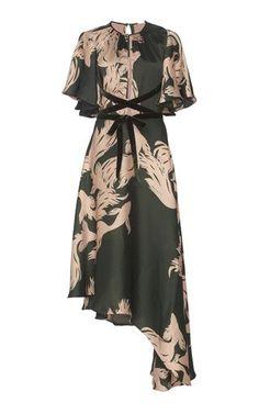 Get inspired and discover Johanna Ortiz trunkshow! Shop the latest Johanna Ortiz collection at Moda Operandi. Silk Floral Dress, Silk Dress, Floral Dress Outfits, Chic Outfits, The Dress, Dress Skirt, V Neck Dress, Diy Kleidung, Evening Dresses