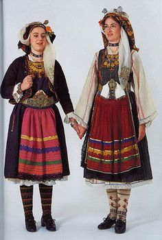 Greek Traditional Dress, Traditional Outfits, Rare Clothing, Historical Clothing, Greece Costume, Folk Costume, Costumes, Art Populaire, Marie