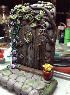 THE BEST FAIRY DOOR IV'E SEEN. More