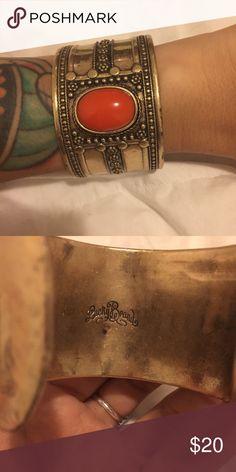 Vintage style gold cuff bracelet Vintage style gold cuff bracelet with orange stone. Lucky Brand Jewelry Bracelets
