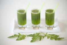 Green Smoothie with Rocket & Melon (in Dutch) Cocktail Recipes, Cocktails, Drinks, Skinny Recipes, Healthy Recipes, Healthy Food, Power Smoothie, Lactose Free, Fodmap