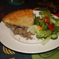 tourtière 3 viandes meatpie - Cooks From Home Delicious Dishes, Homemade, Cooking, Desserts, Food, Meat, Meal, Kochen, Deserts