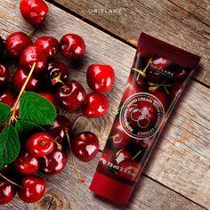 ¿Eres una fanática de las cerezas? Entonces esta crema de manos se convertirá en tu nuevo básico. ¡Es refrescante y deja un olor delicioso! #Cherry #Cerezas #Cremademanos