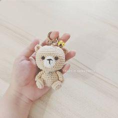 Im In Love, Crochet Earrings, Coin Purse, Bear, Purses, How To Make, Instagram, Amigurumi, Handbags