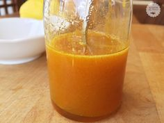 Sciroppo naturale alla curcuma e miele. A wonderful beverage! Incredibly healthy and nutritious, this drink will do wonders for your body and health. Sleepy Eyes, Beverages, Drinks, Street Food, Grapefruit, Cantaloupe, Remedies, Healthy, Lana