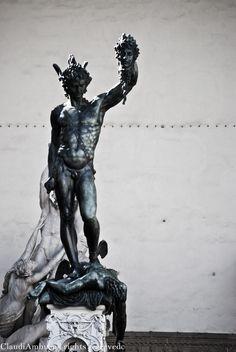 Benvenuto Cellini -Perseo- Loggia dei Lanzi, Firenze 1545-55