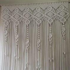 Macrame Wall Hanging Patterns, Macrame Art, Macrame Design, Macrame Projects, Macrame Knots, Macrame Patterns, Macrame Chairs, Macrame Curtain, Micro Macramé
