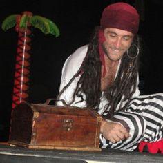 """Timaginas Teatro lleva a Fuerteventura su divertida mezcla de historias """"Una de Piratas"""" en http://www.larevistadecanarias.com"""