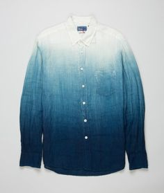 The Woven Indigo Dyed shirt from Blue Blue Japan is made from a lightweight material dyed by pure indigo dyestuff.