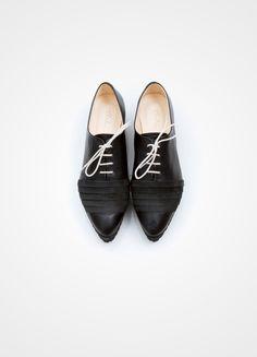 2cdb74c4cc3 135 Best Shoes me. images in 2019