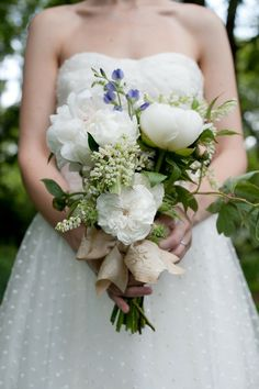 bouquet&polkadots