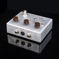 72.99$  Buy here - http://alifsu.worldwells.pw/go.php?t=32512636556 - NEW  electric Overdrive Distortion Guitar effect pedal Professional Overdrive true bypass& beautiful &Classic guitar 72.99$