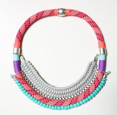 JENESANO collar corto decorado con hilos y cuentas por ARARACUARA, $60.00