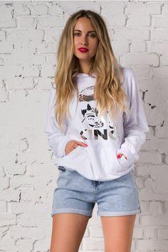 Pantaloni scurti din denim cu aspect prespalat Look Cool, Denim Shorts, Graphic Sweatshirt, Sweatshirts, Sweaters, Casual, Women, Products, Fashion