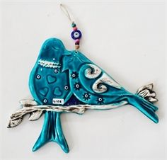 Turquoise Twig Bird Wall Ornament Source by modafeneri. Clay Birds, Ceramic Birds, Ceramic Clay, Hand Built Pottery, Slab Pottery, Ceramic Pottery, Clay Wall Art, Clay Art, Ceramic Jewelry