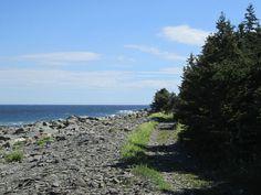 Plage de Sainte-Félicité et sentier du littoral | Tourisme Matane Trail, Interactive Map, Saint, Coastal, Mountains, Beach, Water, Outdoor, Littoral Zone