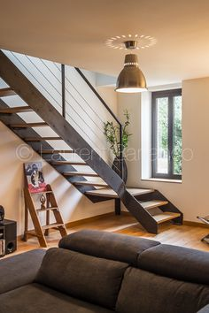 Escalier metal et bois Atmos Fer Laurent Barranco Photographe Toulouse Modern Staircase Atmo Atmos Barranco bois Escalier Fer Laurent Metal Photographe Toulouse House Stairs, House Design, Escalier Design, Home Stairs Design, Railing Design, Home, Mobile Home Living, Loft Design, House Interior