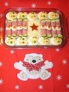 Karácsonyi hidegtál Container, Food, Eten, Meals, Canisters, Diet