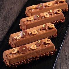 Barres croquantes et régressives #yannbrys #mof #chocolate #good #picoftheday…