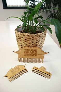 Beard comb for cnc, tea cnc, dxf file, dxf for ply Laser Cutter Ideas, Laser Cutter Projects, Cnc Projects, Woodworking Projects, Trotec Laser, Laser Cut Wood, Laser Cutting, Barber Accessories, Cnc Plans
