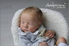 Stunning Reborn Baby Levi By Bonnie Brown is looking for a Mummy, she has been reborned to a very high standard by Romana Marenda, i purchased her only a few weeks ago and she has been left boxed up due to a change in personal circumstances, i am very sad to part with her and…