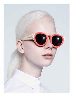 13aa42a7a1d16 Karen Walker eyewear collection Usando Óculos, Óculos De Sol Smith, Óculos  De Sol Redondos