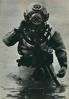 3-Deep-Sea-Diver.