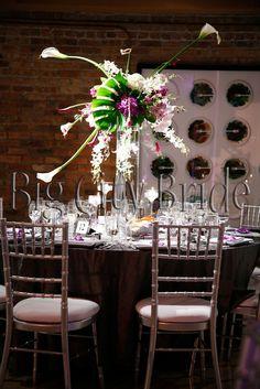 Unique centerpiece! #floral #detail #unique #weddingflowers #bigcitybride #chicagowedding  #chicagoweddings #chicago #wedding #weddings #weddingplanner #weddingplanners