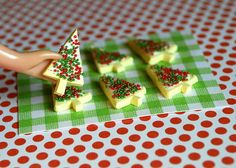 Miniature Christmas Holiday Baked Cookies/Biscuits (playscale 1:6 scale diorama play mini for fashion/teen dolls)