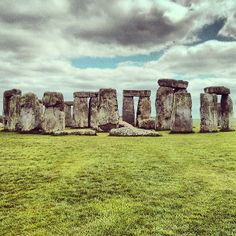 I would love to visit Stonehenge!! So much history there!